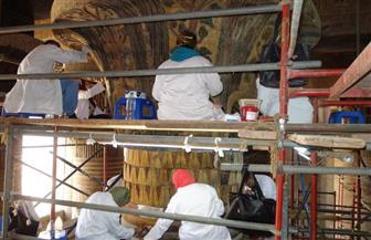 وزارة الآثار تنتهي من ترميم وتنظيف سقف معبد إسنا   صور