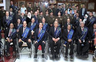 القوات المسلحة تقيم معرضا فنيا لإبداعات المحاربين القدماء استمرارا للاحتفال بيوم الشهيد