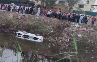 العناية الإلهية تنقذ ركاب سيارة ميكروباص بعد سقوطها بترعة المريوطية