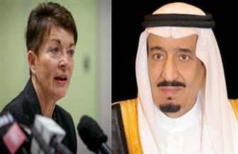 الملك سلمان  وولي العهد يعزيان حاكمة نيوزيلندا في ضحايا الهجوم الإرهابي