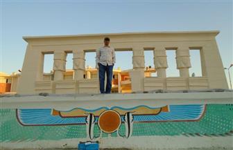 طلاب آثار قنا ينفذون مجسمات صالة أعمدة حتحور ومعبد سيتي بجنوب الوادي | صور