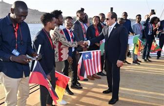 الرئيس السيسي يصل مقر انعقاد ملتقى الشباب العربي والإفريقي بمدينة أسوان