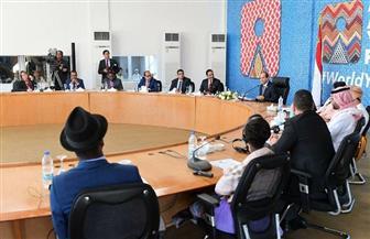 """بدء فعاليات مائدة مستديرة بعنوان """"وادي النيل ممر للتكامل الإفريقي والعربي"""" بحضور الرئيس السيسي"""