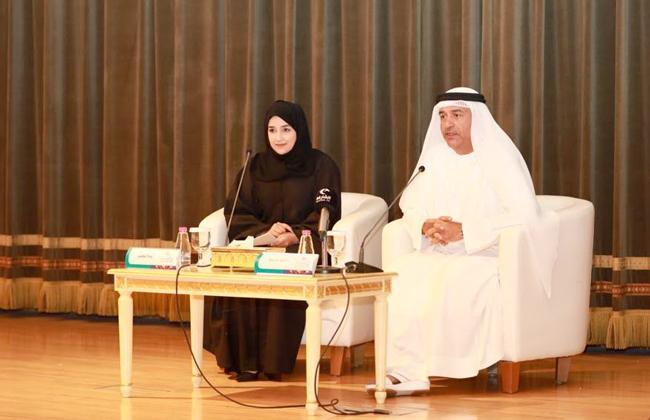 أحمد بورحيمة مدير المهرجان ومريم المعيني مسئولة اللجنة الإعلامية