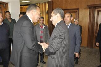محافظ الشرقيه يهنيء رئيس جامعة قناة السويس الجديد بتولي مهام منصبه