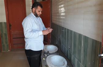 تركيب 1280 قطعة موفرة لمياه الشرب بالمجان داخل المدارس بالفيوم | صور