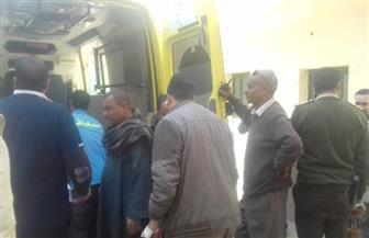 إصابة 9 أشخاص في حادث تصادم سيارتين بأسيوط | صور