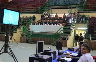 محافظ قنا يشهد قرعة وزارة الداخلية لأداء فريضة الحج | صور