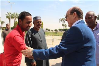 وصول محمد صبحي إلى الأقصر لتكريمه ضمن فعاليات مهرجان الأقصر الإفريقي |صور