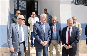 محافظ جنوب سيناء يلتقي مدير صندوق تطوير العشوائيات ويتفقد الإسكان البديل  صور