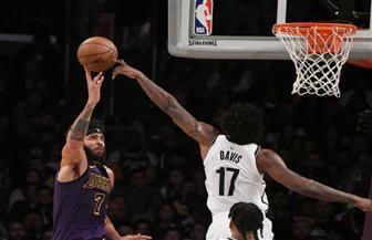 نتس ينهي أحلام ليكرز في بداية جديدة مع جيمس بدوري كرة السلة الأمريكي