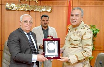 محافظ بور سعيد يستعرض إنجازات المشروعات التنموية أمام وفد أكاديمة ناصر العسكرية