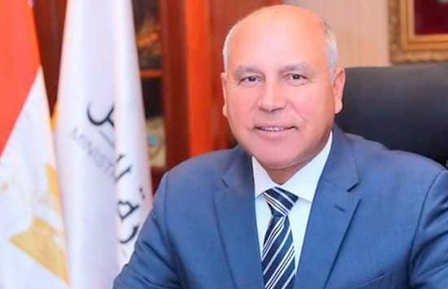 وزير النقل: الطريق الدائري سيكون فخر مصر -