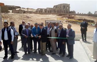 وزير الآثار يفتتح مشروع خفض المياه الجوفية من أسفل معبد كوم أمبو بأسوان   صور