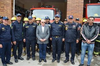 محافظ بورسعيد يتفقد مبنى الحماية المدنية.. ويقرر زيادة مكافأة العاملين