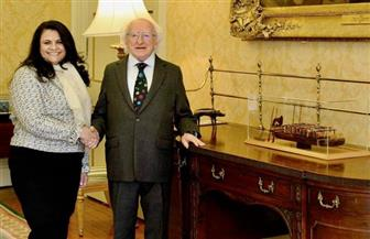 """رئيس أيرلندا يستقبل سفيرة مصر في """"دبلن"""" للتوديع بمناسبة انتهاء فترة خدمتها"""