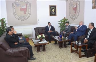 جامعة سوهاج تبحث سبل التعاون مع الشركة العربية للتصنيع