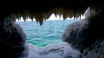 العثور على أطول كهف ملح في العالم بالقرب من البحر الميت