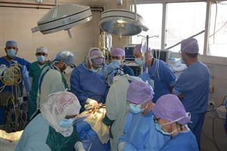 فريق طبي هولندي يجري زراعة شرايين وقسطرة قلبية بالزقازيق