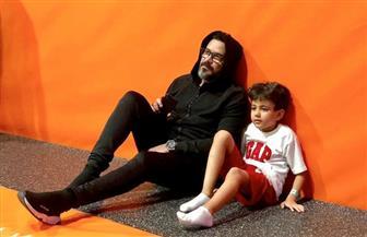 محمد رجب ينشر صورة مع ابنه الوحيد يوسف | صور