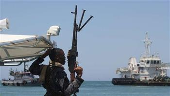 اتهام 3 مهاجرين بممارسة نشاط إرهابي بعد إجبار سفينة بالاتجاه إلى مالطا