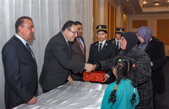 مديرية أمن الإسكندرية تنظم حفلا لتكريم أمهات شهداء الجيش والشرطة |صور