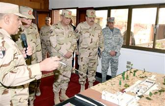 """رئيس الأركان يشهد المرحلة الرئيسية للمشروع التكتيكي """"طاهر 63"""" بالمنطقة الغربية العسكرية"""