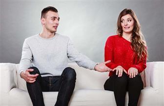 للزوجات.. كيف تعالجين زوجك الخجول وتمنحيه ثقة مواجهة المواقف الصعبة