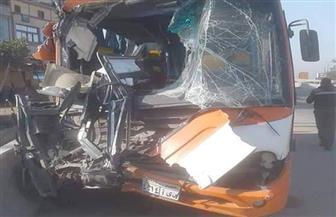 إصابة 23 شخصا في تصادم أتوبيس بسيارة نقل غربي الإسكندرية  صور