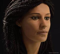"""ماتت في بدايات عصر الإسكندر الأكبر وتم تركيب """"وجه"""" لها... امرأة مصرية  تشغل العالم"""