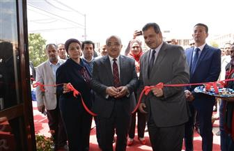 رئيس جامعة أسيوط يفتتح المعرض التخصصي للبناء | صور