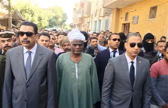محافظ سوهاج يتقدم الجنازة العسكرية للشهيد كرم محمد | صور
