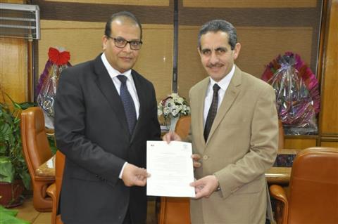 تعيين الدكتور عادل حسن مديرا عاما لمستشفيات جامعة قناةالسويس -