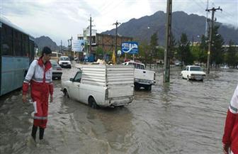 الإيرانيون يتضامنون في التصدي للفيضانات في جنوب غرب البلاد