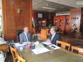وزير الري يبحث مع رئيس مكتب شئون الحجاج استعدادات موسم الحج | صور