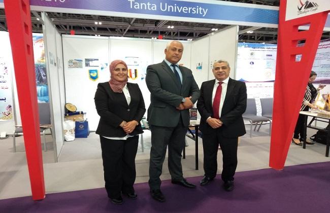 وفد جامعة طنطا يشارك في المعرض العالمي للتعليم العالي بعمان   صور -