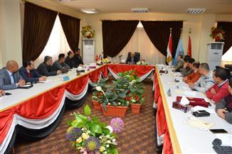 محافظ بورسعيد: كل الدعم للمشروعات الجادة لتنمية القطاع الصناعية