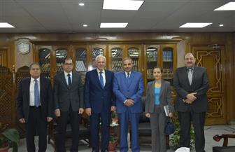 رئيس جامعة الأزهر يستقبل السفير اليوناني بالقاهرة | صور