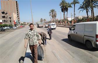 متابعة القطاعات الخدمية ورفع القمامة وتسوية الشوارع بقرى مركز منفلوط   صور