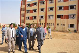 فصول إضافية لاستيعاب كثافة التلاميذ بمدرسة 25 يناير بالوادى الجديد