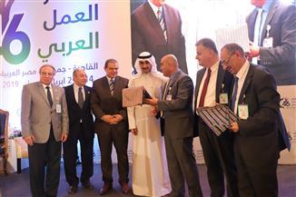 فلسطين تكرم وزير القوى العاملة لجهود مصر في خدمة قضيتها
