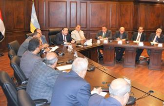 محافظ الإسكندرية يلتقى رؤساء النقابات المهنية لإجراء حوار مجتمعي | صور