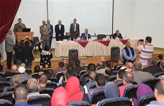 محافظ بني سويف يشارك في مؤتمر اتحاد نقابات العمال حول التعديلات الدستورية | صور