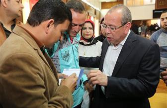 محافظ كفر الشيخ يستمع إلى شكاوى المواطنين | صور