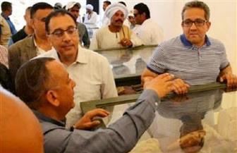 """رئيس الوزراء يتجول في معرض """"أهلا رمضان"""" بالأقصر"""