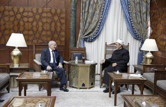 الإمام الأكبر ووزير الإنتاج الحربي يبحثان سبل تعزيز التعاون المشترك