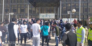 إقبال متزايد للطلاب والعاملين بجامعة قناة السويس في الاستفتاء على تعديلات الدستور