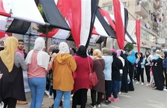 توافد المواطنين على لجان استفتاء التعديلات الدستورية بالزيتون.. ومشاركة كبيرة لكبار السن| صور