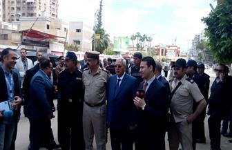 محافظ الدقهلية يتفقد عددا من لجان الاستفتاء بمدينة المنصورة