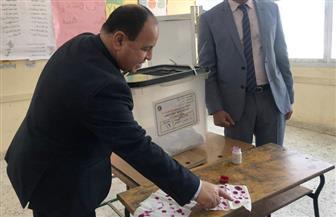 وزير المالية يدلي بصوته في الاستفتاء على تعديلات الدستور